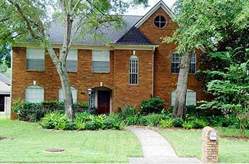 3319 Woodland View Dr.